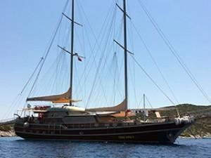 E.Arda Deniz Gulet